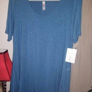 LulaRoe Perfect Tee, Large, Slinky solid blue